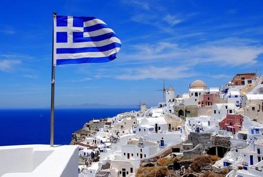 Пандемия: в Греции закрыли все школы из-за перегрузки больниц