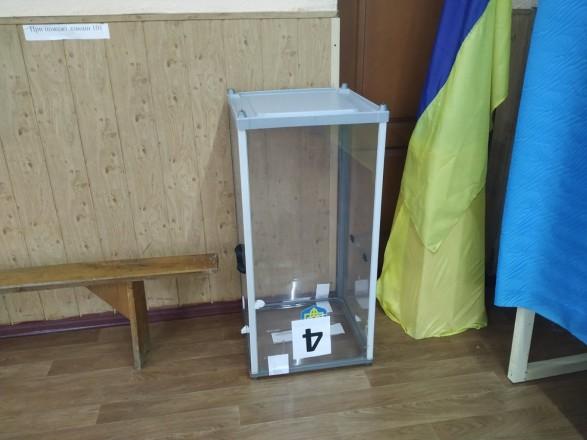 Наблюдатели начали фиксировать первые нарушения на втором туре выборов мэров
