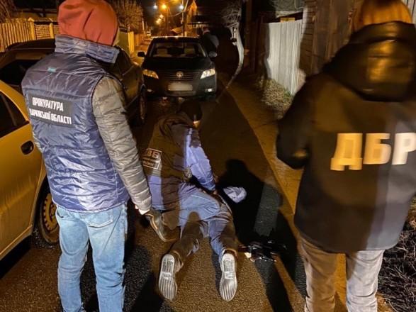 В Харьковской области будут судить двух полицейских за вымогательство 1 тыс. долларов взятки