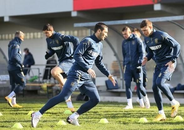 Украина готова была собрать новую сборную на матч против Швейцарии за 48 часов, но этого времени не дали - Протасов