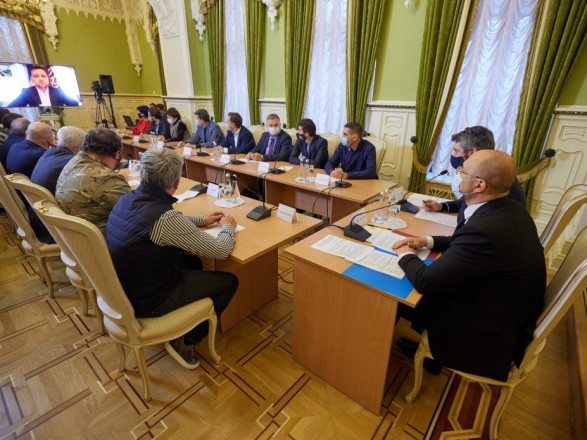 Зеленский намекнул, что тоже причастен к революции - электоральной