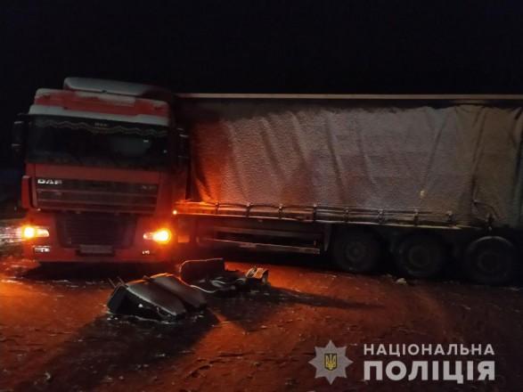 В Харьковской области столкнулись грузовик и микроатобус, есть раненые