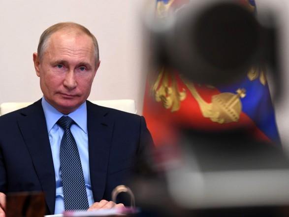 """В Кремле сообщили, что у Путина """"нет планов касательно разговора с Зеленским в ближайшее время"""""""