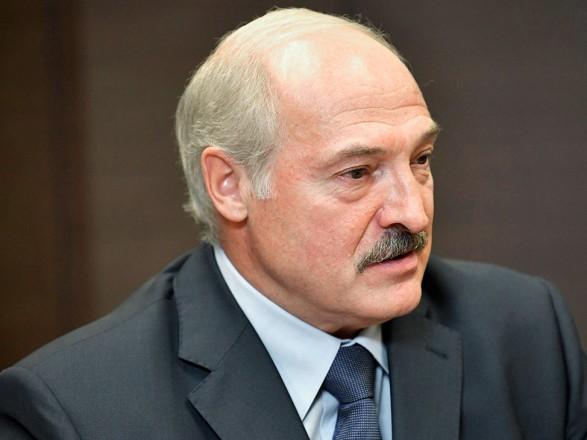 """Лукашенко заявил, что """"не будет президентом при новой конституции"""" Беларуси"""