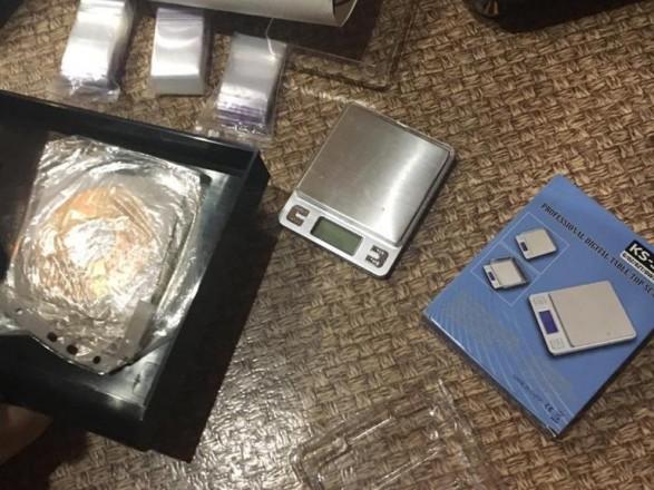 В ходе спецоперации в Киеве и Харькове задержали девять наркоторговцев