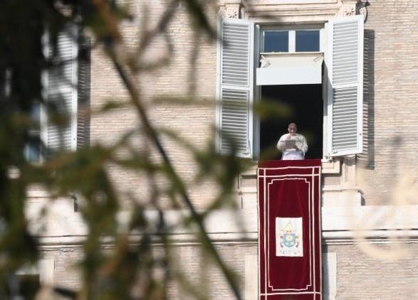Папа Римський засудив споживацьке ставлення до Різдва