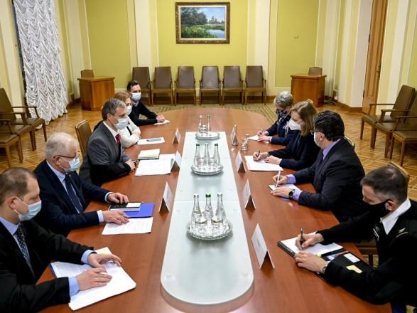 У Зеленского обсудили оборонное сотрудничество между Украиной и США