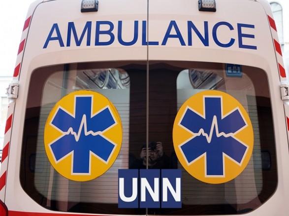 В Киеве патрульные выстрелами останавливали авто: водителя госпитализировали с ранением от резиновой пули