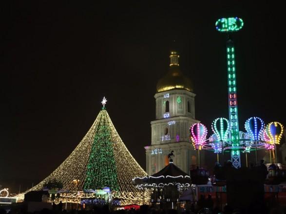 В КГГА назвали условие, при котором новогодние локации в январе будут работать до середины месяца
