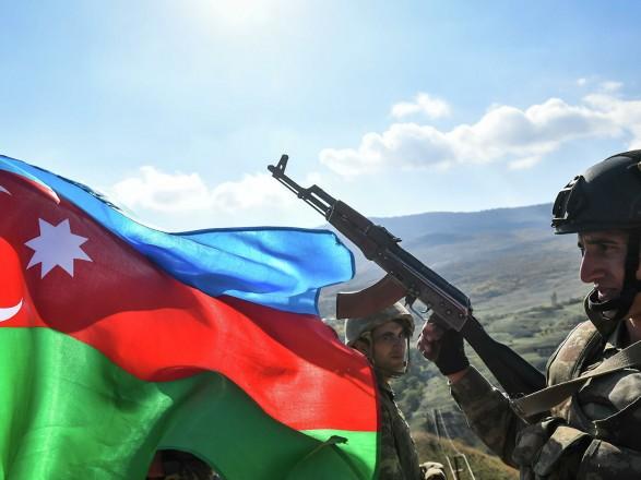 В Азербайджане объявили постепенную демобилизацию военных