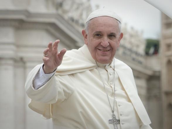 Папа Франциск помолился за мир на востоке Украины