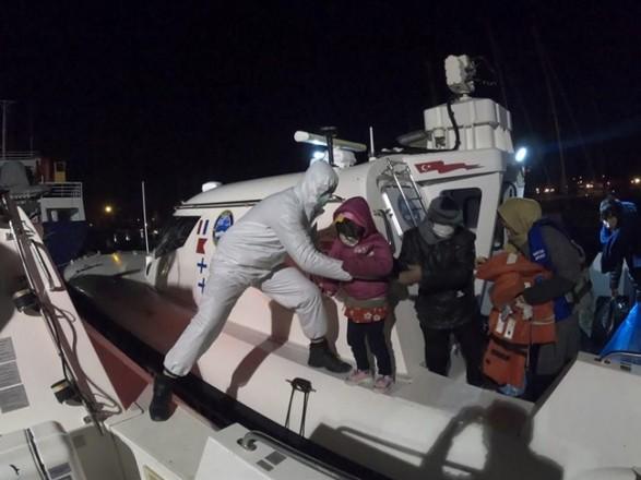 В Турции у берегов Измира спасли полсотни нелегальных мигрантов