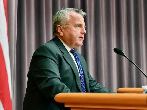 Посол США в Москве отказался от предложения МИД России - прививаться вакциной местного производства