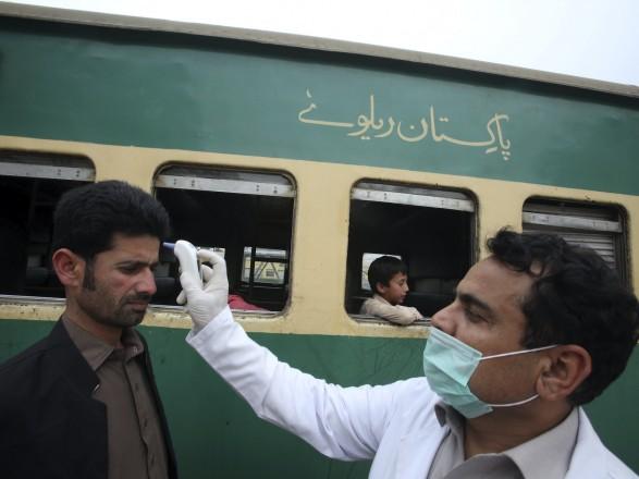 Пандемия: новый штамм коронавируса зафиксировали в Пакистане