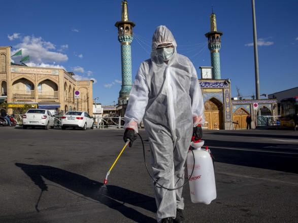 Пандемия: Иран начал испытания на людях собственной вакцины против COVID-19