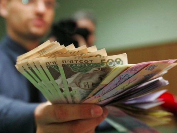 """""""Карантинные"""" выплаты для бизнеса: в Минсоце рассказали, кто точно получит средства до конца года"""