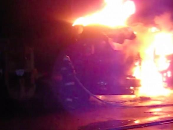 В Хмельницкой области в новогоднюю ночь горели два грузовика