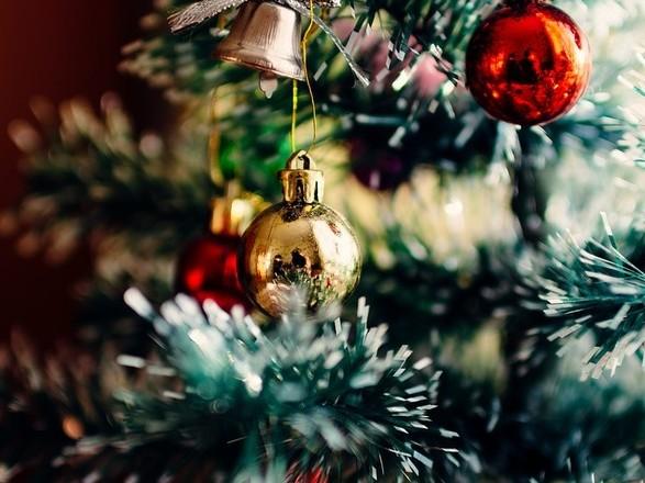 Больше, чем планировали: на новогоднее оформление помещений Офиса Зеленского потратили более 50 тыс. грн