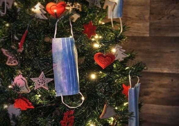 Зеленский собрал рождественское совещание: зимний локдаун не отменят