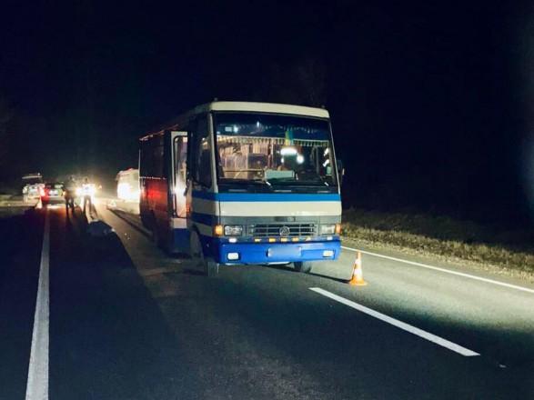 На Прикарпатье рейсовый автобус насмерть сбил мужчину