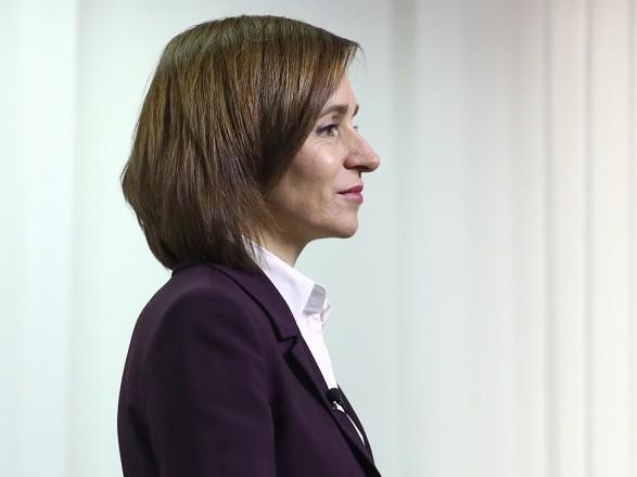 Санду, по возвращении в Молдову, пригласила Зеленского и ответила на критику ее путешествия в Киев на авто