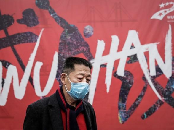 У Китаї вперше за вісім місяців помер пацієнт з коронавірусом