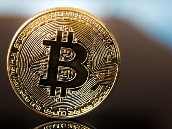 Курс биткоина превысил отметку в 40 тыс. долларов