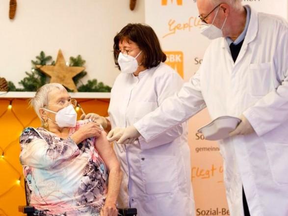 В Германии проанализировали антикоронавирусные вакцины: точной оценки их эффективности нет