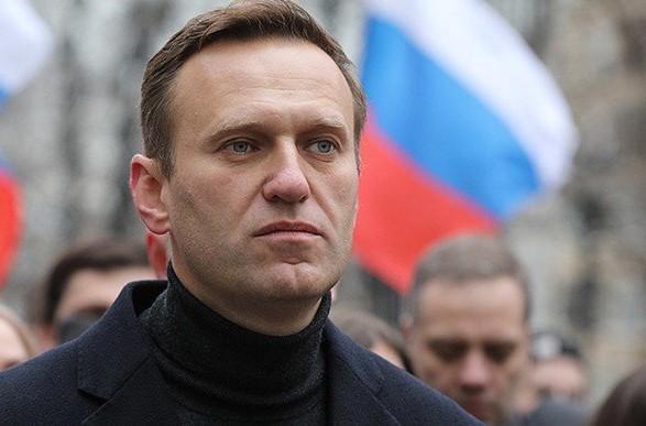 Россиянам запретили встречать Навального в аэропорту