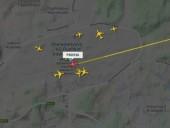 Літак із Навальним сів у Шереметьєво
