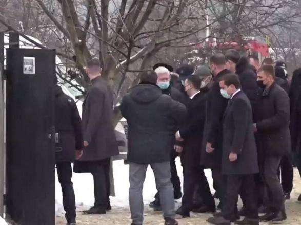 Пожар в харьковском доме престарелых: на место трагедии приехал Зеленский