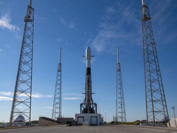 Ракета SpaceX запустила на орбиту рекордное количество спутников