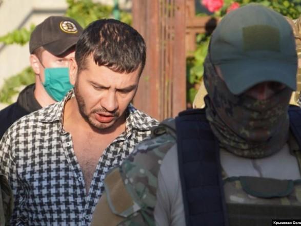 Крым: подконтрольный Кремлю суд отказался останавливать дело против гражданского журналиста Кадырова