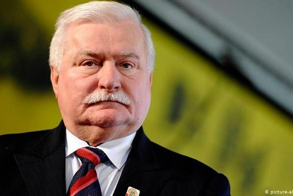 Не хватает на жену: экс-президент Польши ищет дополнительную работу