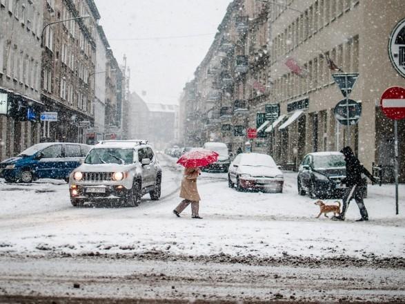 Снежный циклон с сильными морозами будет бушевать в Украине несколько дней - синоптики