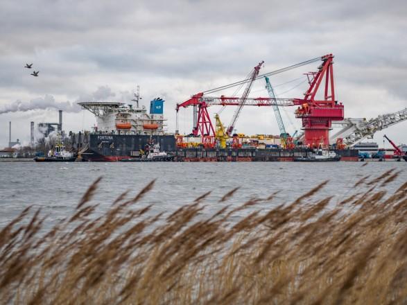 """Несмотря на санкции США: судно """"Фортуна"""" начало укладку """"Северного потока-2"""" в водах Дании"""