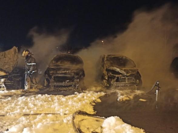 В Харьковской области сожгли 3 авто, открыто производство