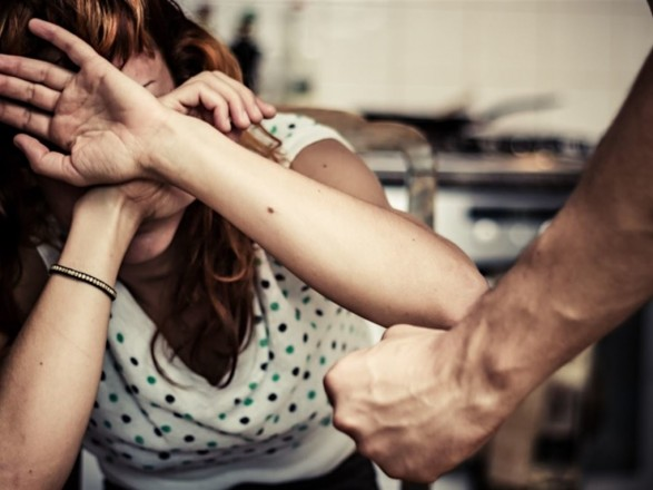 В Киеве с начала года зафиксировано более 2,4 тысячи обращений из-за домашнего насилия
