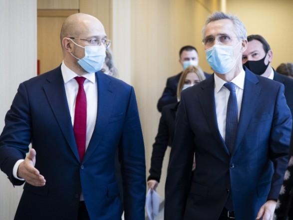 Шмыгаль и Столтенберг обсудили дальнейшие шаги на пути Украины в НАТО