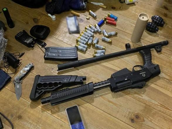 Противостояние в Тверском тупике: столичная полиция провела обыск и обнаружила оружие и гранаты