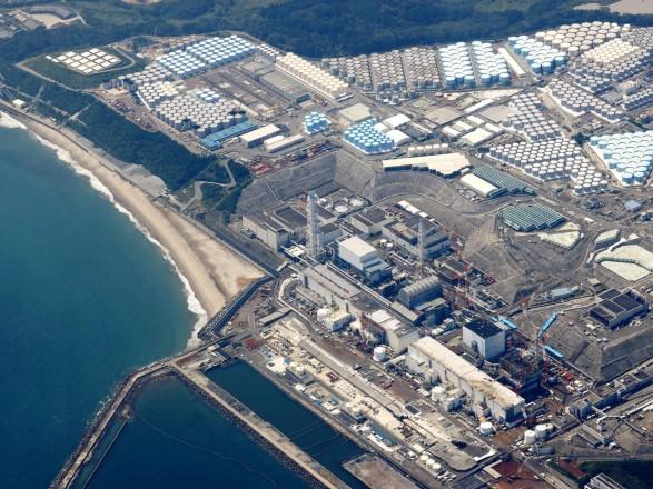 """Землетрясение в Японии: на АЭС """"Фукусима"""" из-за толчков расплескалась вода из хранилищ с облученным топливом"""