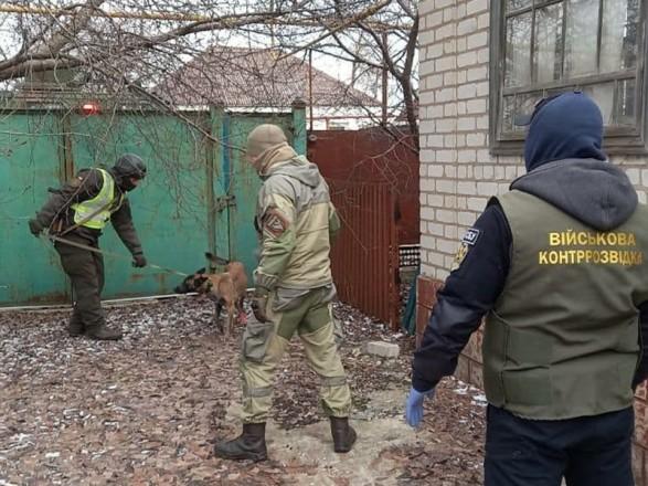 Нацгвардия и СБУ обнаружили схрон с оружием в зоне ООС