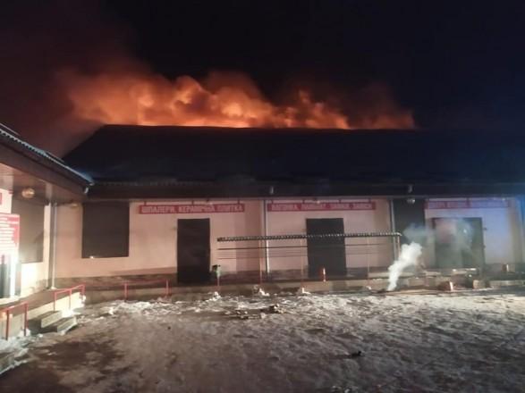 На Ровенщине ночью горел торговый центр