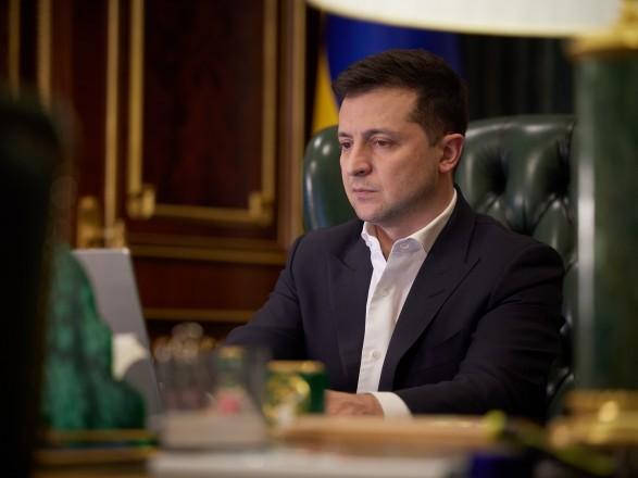 Зеленский собрал большое совещание на Банковой со Шмыгалем и Разумковым: законопроекты обсуждали