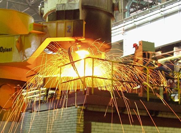 Промышленное производство в январе сократилось на 4%