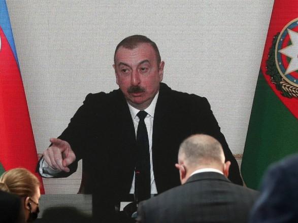 Президент Азербайджана выступил против помощи России в модернизации армии Армении