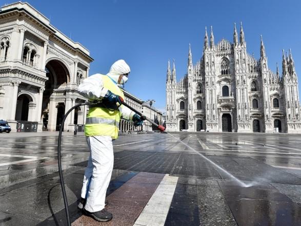 Италия усиливает карантин в отдельных регионах из-за мутации коронавируса