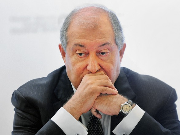 После отказа президента Армении уволить Генштаб - партия Пашиняна не исключает его импичмент