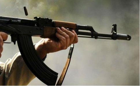 В Южной Африке неизвестные расстреляли четырех человек