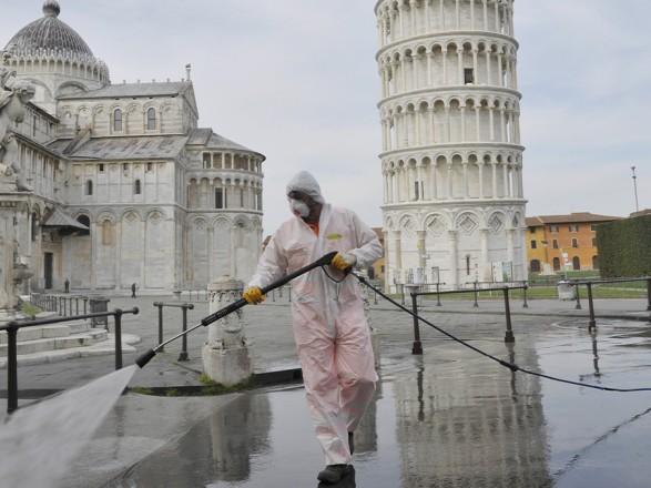 Из-за COVID-19 в Италии перенесли местные выборы